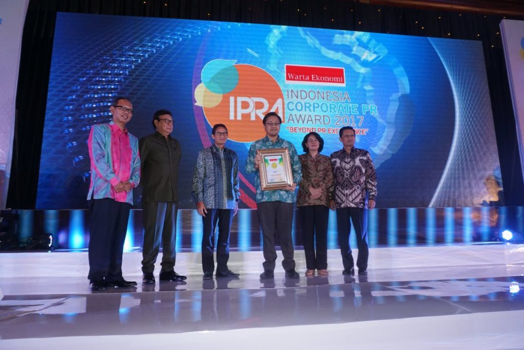 APRIL receives The Indonesia Corporate PR Award from Warta Ekonomi