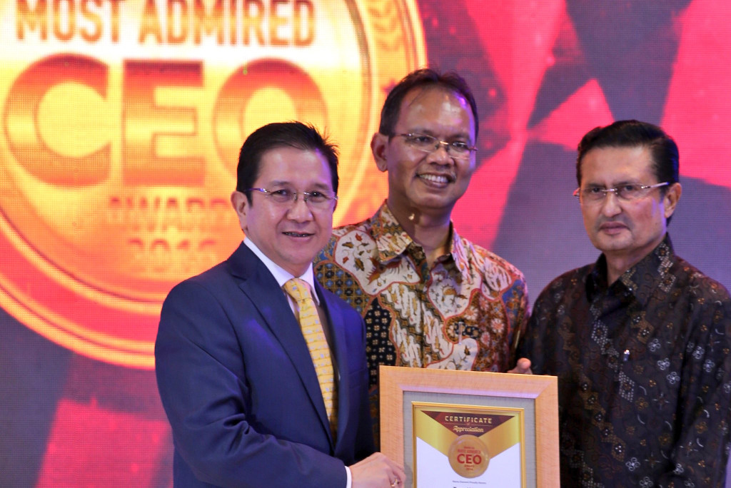APRIL MD Tony Wenas awarded as Most Admired CEO Category Agribusiness by Warta Ekonomi