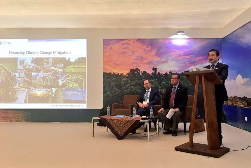 "APRIL MD Tony Wenas shares ""Financing Climate Change Mitigation"" in Indonesia Pavilion, COP22 Marrakech"