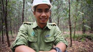 Efendi, Peneliti Muda dari Pulau Padang