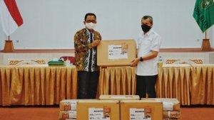 PT RAPP Bagikan Masker Kain ke Pemprov R...