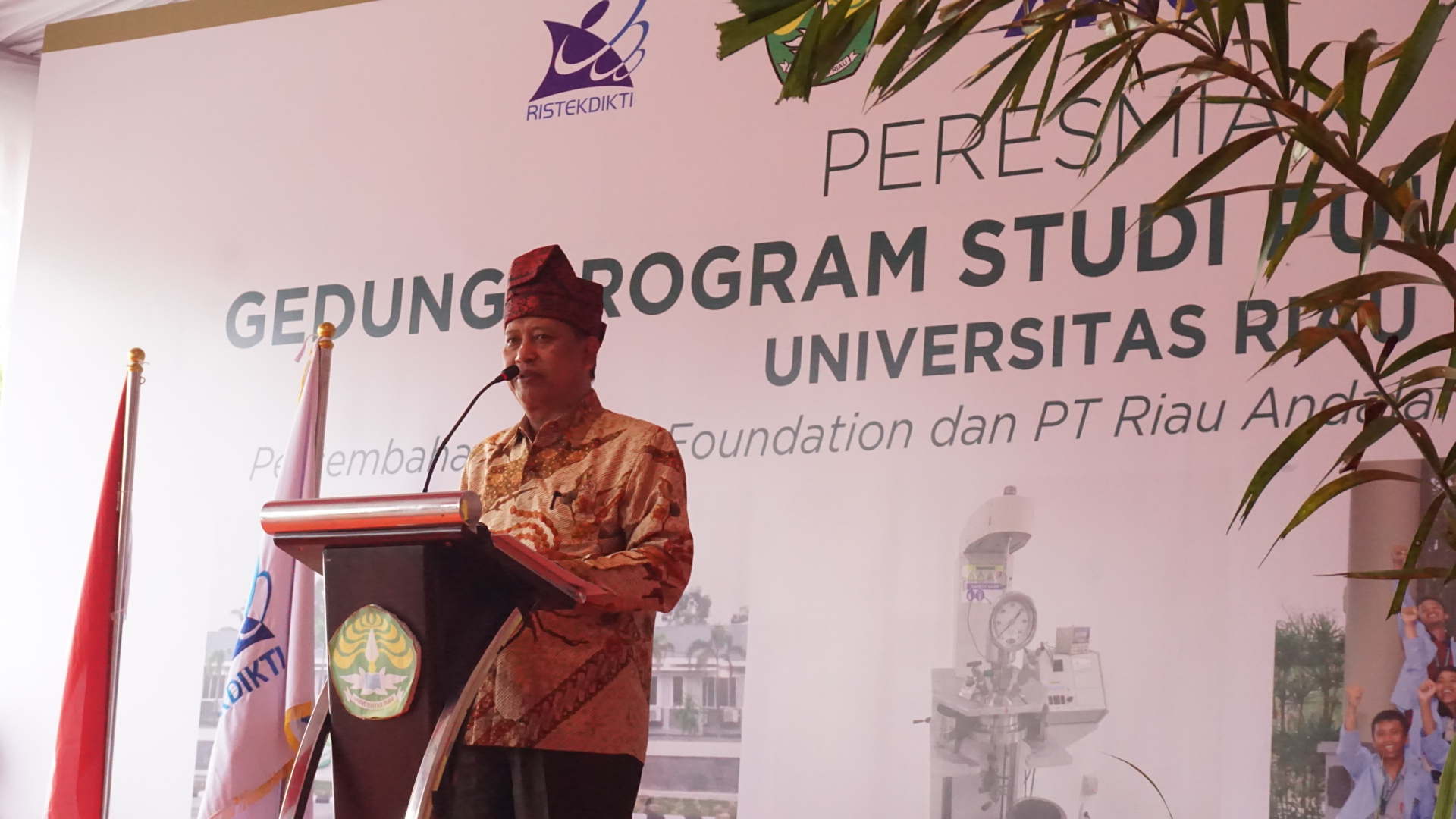 Welcome speech of Minister of Research, Technology and Higher Education (Menristekdikti) of Indonesia, Mohamad Nasir