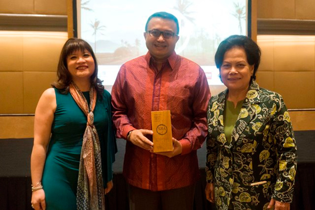 APRIL awarded Special Recognition for Biomass Energy Initiatives at the Sustainable Business Award Indonesia 2017