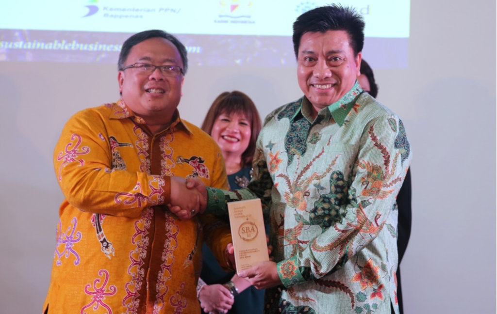 APRIL Group received  Best UN Sustainable Development Goals Program Award at the Sustainable Business Awards (SBAs) Indonesia