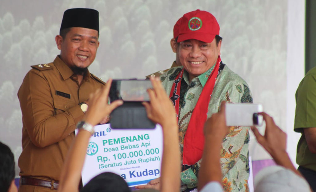 In June 2019, APRIL launched the 5th Fire Free Village Program in Pangkalan Kerinci, Riau.