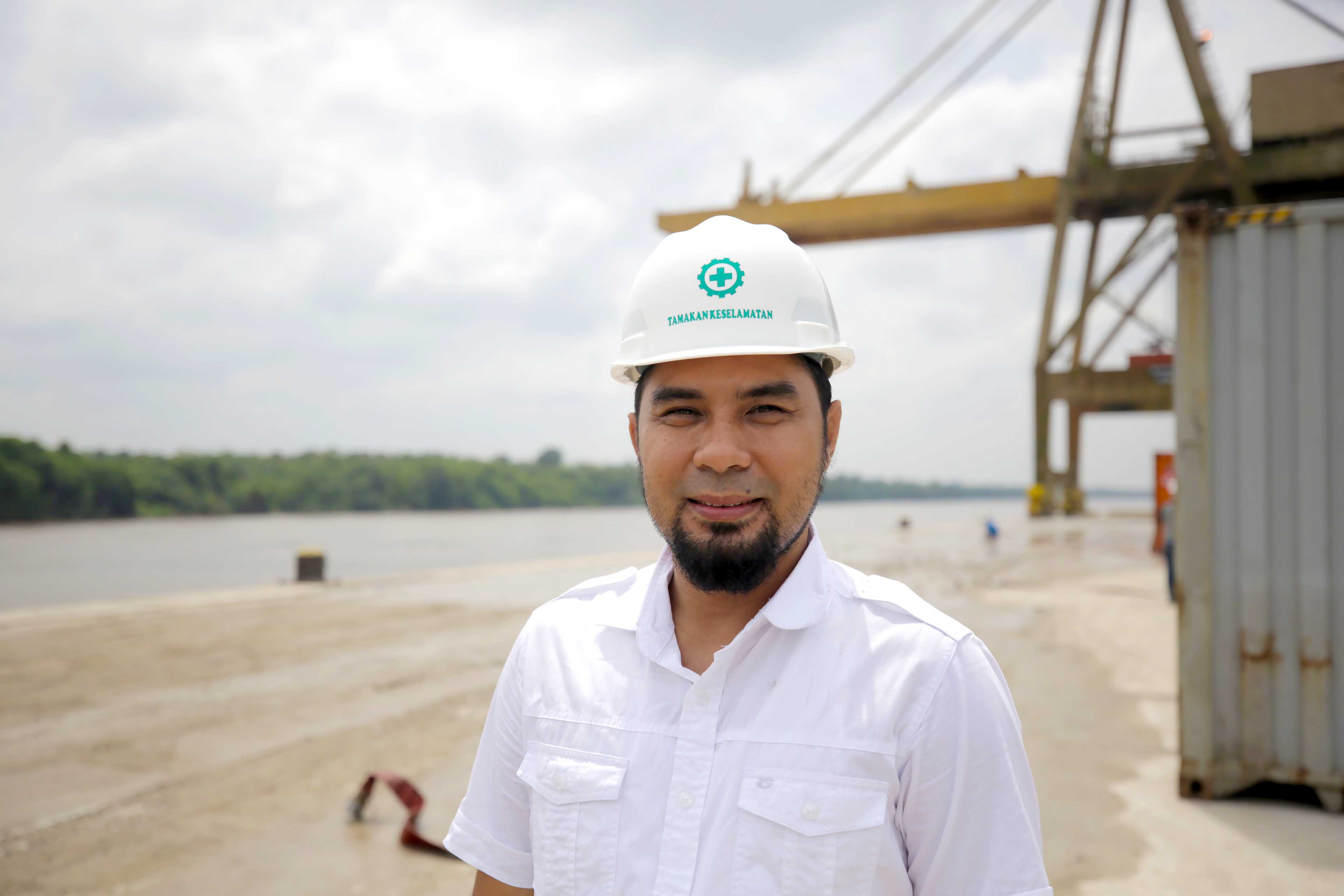 Robi Cahyadi - Labour and Transportation Supplier