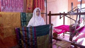 Women able to earn livelihood ...