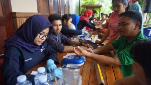 RAPP employees donate blood to...